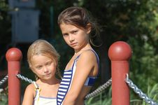 Free Sisters Stock Photo - 16789450
