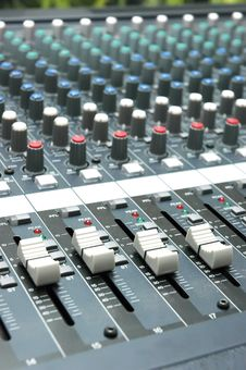 Free Sound Mixer Royalty Free Stock Image - 16796286