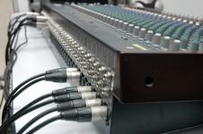 Free Connector Signal Sound Mixer Royalty Free Stock Photos - 16796368