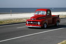 Free Classic Red Truck Stock Photos - 16797623