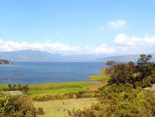 Free Lake Toba Royalty Free Stock Photography - 16799627