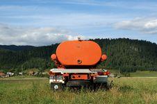 Free Orange Machine To Irrigate Royalty Free Stock Images - 16802559