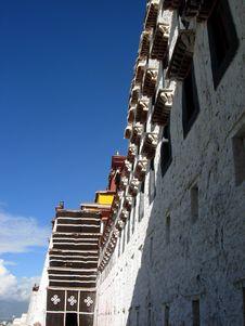 Free Potala Palace In Lhasa Stock Image - 16805301
