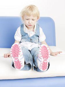 Free Sitting Toddler Royalty Free Stock Photos - 16806648