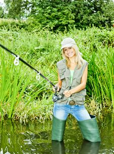 Free Fisher Woman Stock Photography - 16806662