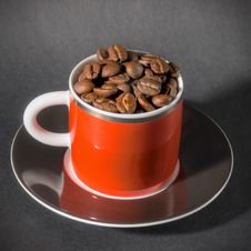 Free Red Cup Of Coffee Beans Stock Photos - 16814313