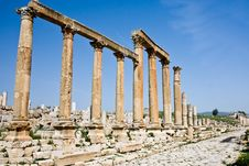 Free Columns At The Roman Ruins In Jerash, Jordan Stock Images - 16815634