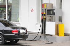 Free Car On The Petrol Pump Royalty Free Stock Photos - 16817568