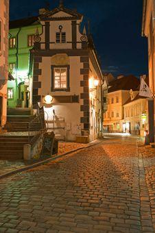 Narrow Street Of Cesky Krumlov Royalty Free Stock Photography