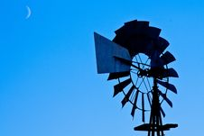 Free Moonlight Windmill Stock Photos - 16820013