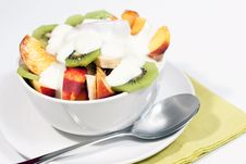 Free Bowl Of Fresh Fruit And Yogurt V1 Royalty Free Stock Images - 16821739