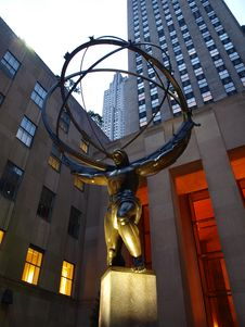 Free Rockefella Center Statue Royalty Free Stock Images - 16823689