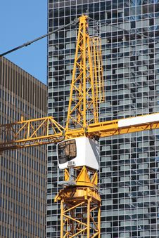 Free Tall Crane In City Center Royalty Free Stock Photography - 16827787