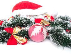 Free Christmas Ball Royalty Free Stock Photos - 16828548