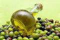 Free Olive Oil And Olives Royalty Free Stock Image - 16834416