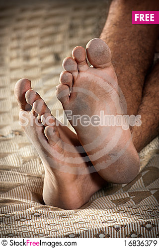 Free Dirty Feet Royalty Free Stock Images - 16836379