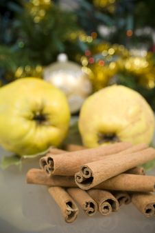 Free Cinnamon And Apples Stock Photos - 16831383