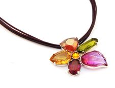 Free Costume Jewellery A Multi-colored Flower Royalty Free Stock Photos - 16831588