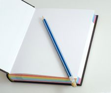 Free Note Pad With Pencil Royalty Free Stock Images - 16833959