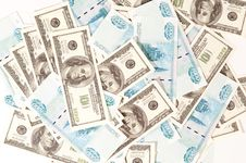 Free Scattered Money Bills Royalty Free Stock Image - 16835576
