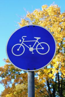 Free Bike Path Sign Royalty Free Stock Image - 16836966