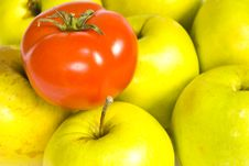 Free Green Apples And Red Tomato Stock Images - 16841224