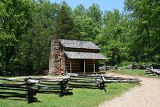 Free Historic Log Cabin Royalty Free Stock Photo - 16842545