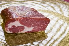 Free Raw Meat On A Plate Stock Photos - 16842903