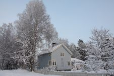 Wooden Finnish House In Winter Royalty Free Stock Photo