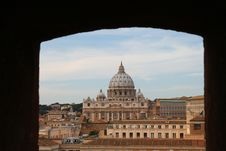 Free St. Peter's Cathedrale In Rome Royalty Free Stock Photo - 16853725