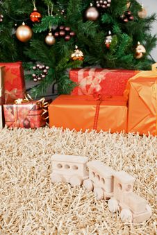Free Christmas-tree With Toys And Christmas-boxes Stock Photo - 16854760