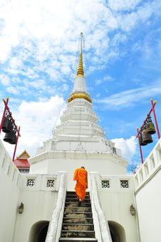 Free Monk At Wat Stock Photo - 16854880