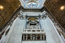 Free The Majesty Of St. Peter S Basilica Royalty Free Stock Photography - 16856427