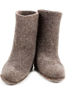 Free Pair Gray Woolly Lock Footwear Royalty Free Stock Photo - 16857645