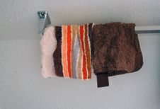 Free Washclothes On Rack Royalty Free Stock Image - 16860756