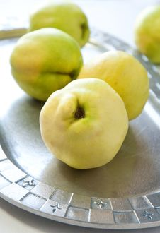 Free Quince Royalty Free Stock Photo - 16862015