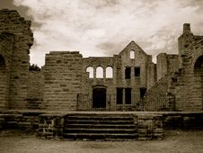 Free Castle In Ruins Stock Image - 16862071