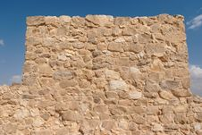 Free Wall Of Ancient Fortress Tower Royalty Free Stock Images - 16864639