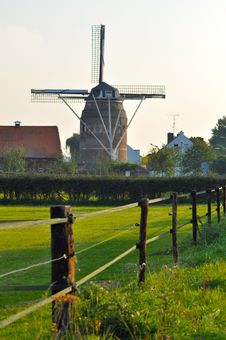 Free Dutch Windmill In Autumn Colors Royalty Free Stock Photography - 16869947