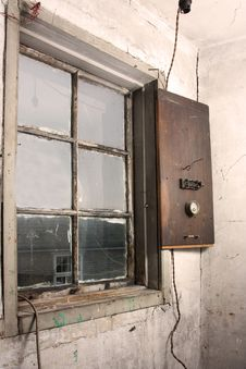 Free Old Wall And Window Royalty Free Stock Photos - 16873968