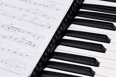 Free Piano Keys Stock Photography - 16874912