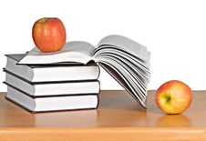 Free Red Apple On Book Stock Photos - 16882873