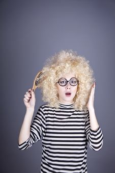 Free Surprised Girl With Comb. Royalty Free Stock Photography - 16884407