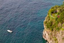 Free Garden On The Sea Cliff Royalty Free Stock Images - 16888869