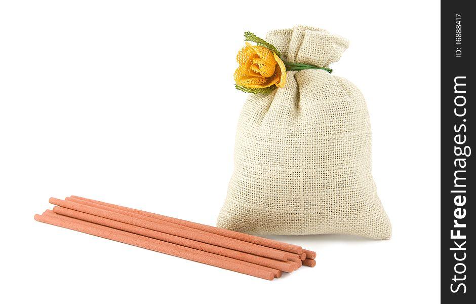 Potpourri sachet with aroma sticks