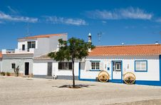 Free The Typical House In Algarve, Royalty Free Stock Photography - 16891837
