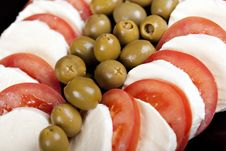 Free Mozzarella, Tomatoes And Olives Stock Images - 16892774