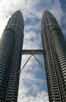 Free Petronas Towers Portrait Stock Photography - 16894112