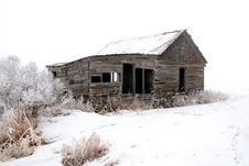 Free Abandoned Wood Farm Building In Winter Stock Images - 16894454