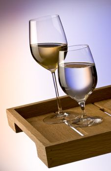 Free White Wine And Water Royalty Free Stock Image - 16895846